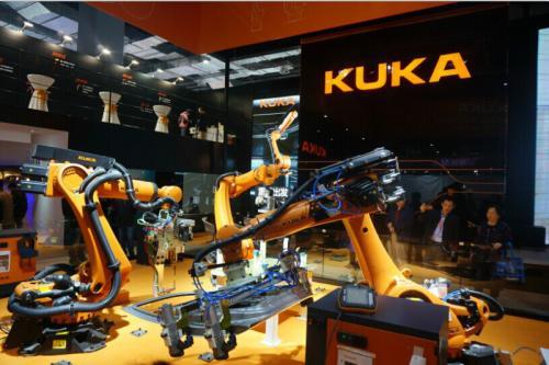 库卡机器人与梅卡曼德机器人签署战略合作协议