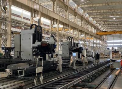 沈阳机床国内首条国产五轴立式加工中心自动生产线交付成飞集成