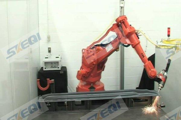 机器人激光切割系统