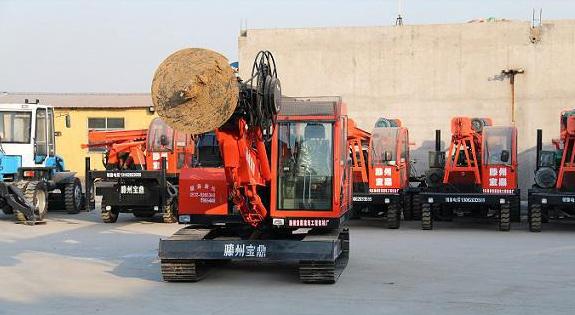 改装三一SY225C-9型挖掘机