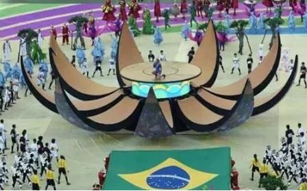 """中国LED显示屏""""现身""""俄罗斯世界杯球场"""