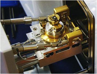 国产扫描电子显微镜研发的三大难关