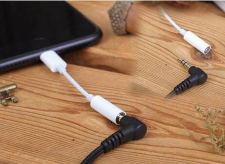 为什么手机要取消3.5mm耳机孔?虽是新潮但带来不便这点是不会改变的
