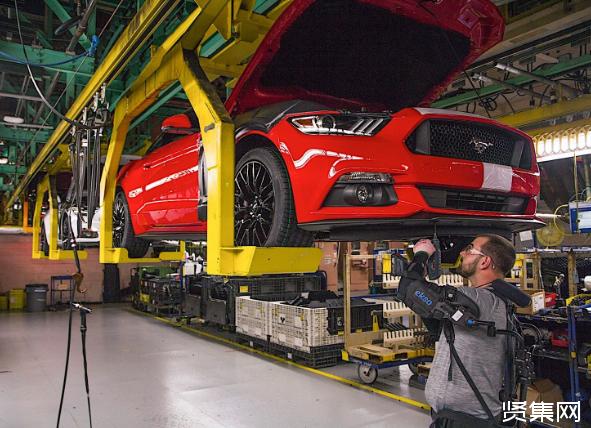 福特全球推广外骨骼生产装备 降低员工疲劳与受伤风险