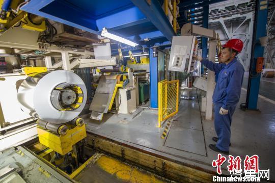 """""""手撕钢""""——太钢所研发0.02毫米不锈钢是目前中国最薄的不锈钢"""