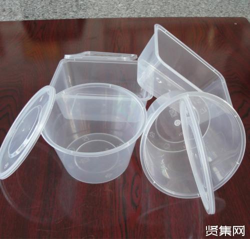 食物在高温情况下直接装进快餐盒中,会不会烫出毒呢?