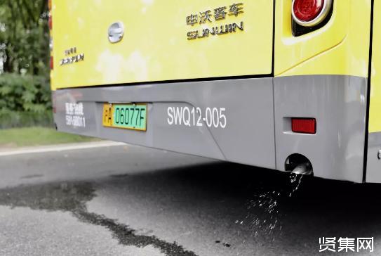 上海首条氢燃料电池动力公交车正式上路