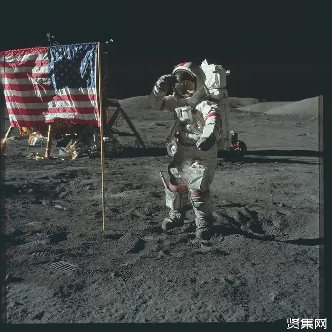 21张美国宇航员探索太空的经典照片