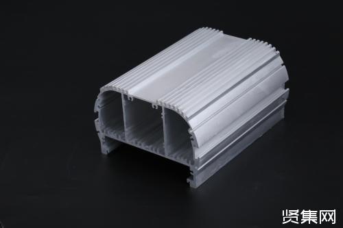 挤压型材表面质量对封孔质量的影响