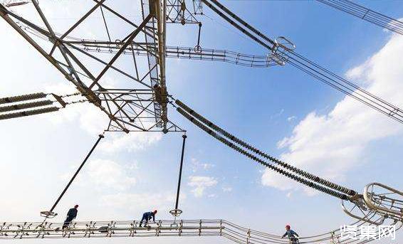 东省电力公司建管潍坊—临沂1000千伏特高压线路工程全线架通