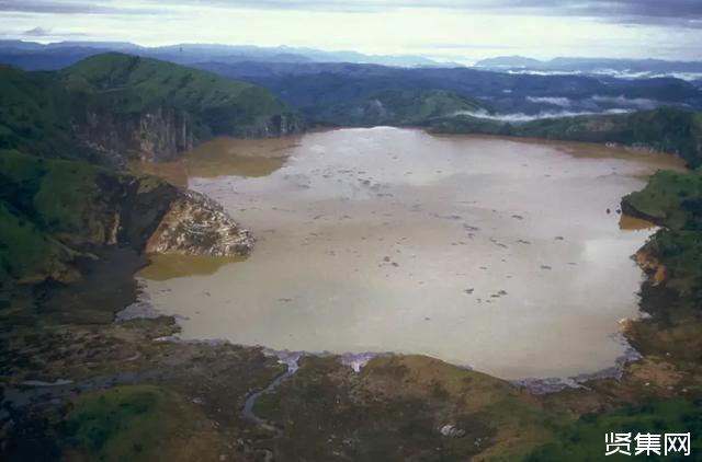 喀麦隆尼奥斯湖杀人事件:1746位村民和3500多头牲畜一夜暴毙!