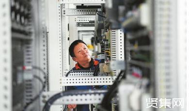 德阳聚焦熊猫公交、清污机器人研发与应用推进