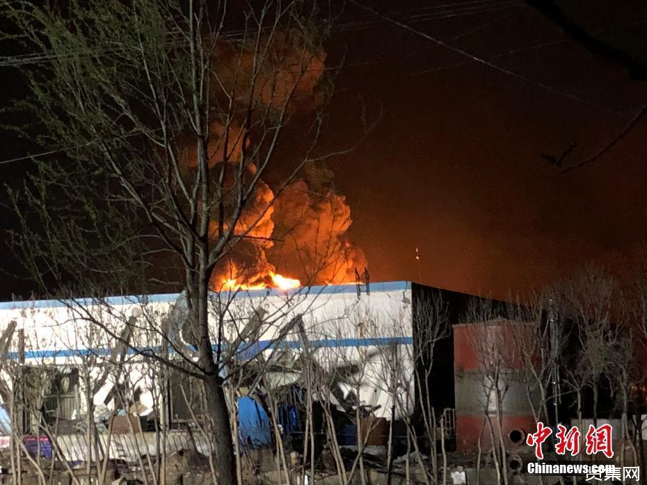 江苏盐城响水陈家港化工园区爆炸12人死亡,救出88人