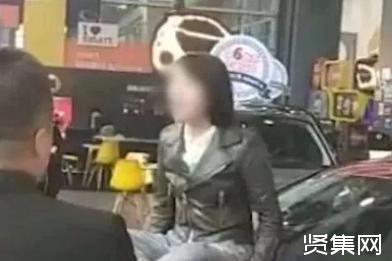 """女车主奔驰维权:为何维权总靠""""闹""""?"""