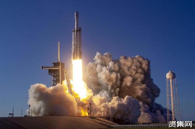 SpaceX猎鹰重型火箭首个正式商业载荷成功