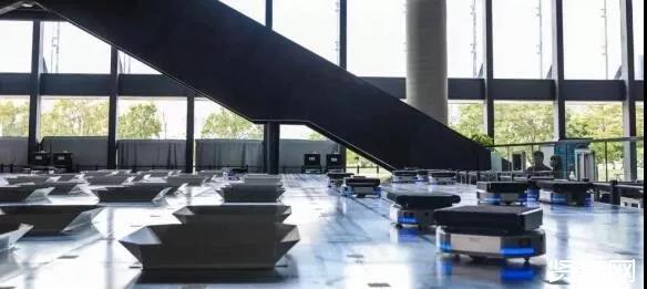 深圳宝安图书馆AGV机器人投用 ,效率是人工的