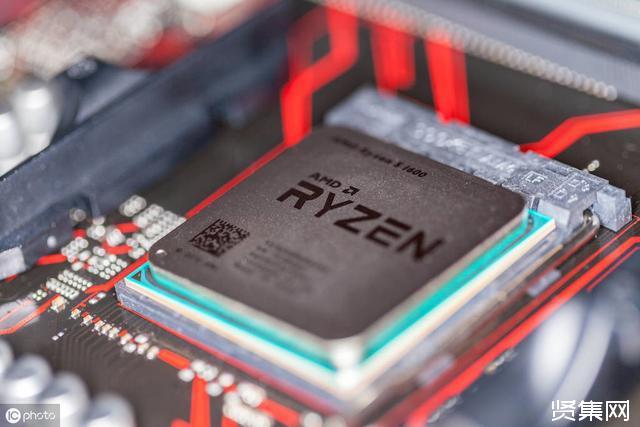 英特尔Core X系列处理器价格下调了40%至50%,与AMD打价格战