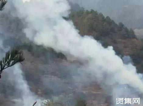 甘肃森林火灾突发,森林消防队伍紧急出动扑救