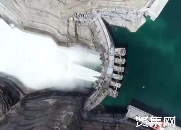 乌东德大坝水电站首批机组今日正式投产发电
