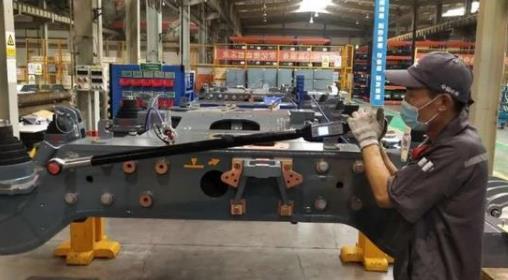 《【天富招商】高铁制造用上了国产智能数显扭矩扳手 山东制造助力中国制造》