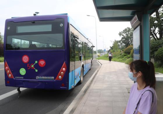 《【天富平台主管待遇】5G智能驾驶公交车在青岛试跑 对车辆故障可远程诊断》