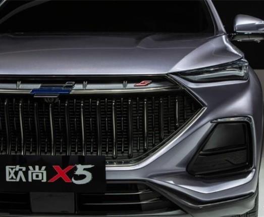 """长安欧尚X5汽车""""自虐式""""封测实验曝光,主打10万级运动SUV市场"""