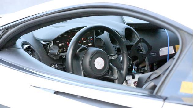 《【天富代理平台注册】迈凯伦放出首个新能源汽车专用新架构,新型混合动力运动跑车底盘技术亮相》
