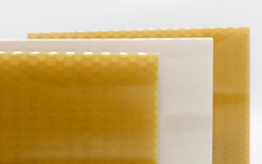 EconCore等研制出新型热塑性蜂窝芯夹芯板,可应用于飞机内部