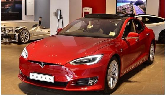 特斯拉公司在电池日推出新的电动汽车电池设计