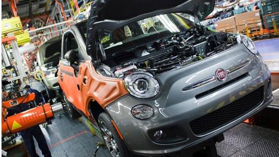 美国官员敦促汽车制造商支持更清洁环保的汽车
