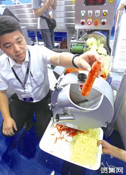 大学老师发明切菜机器人,获得签约金额500万元