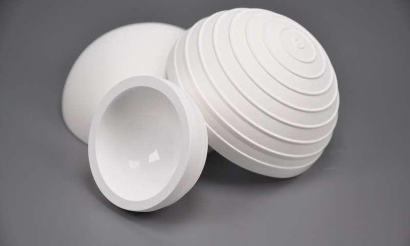 国外团队开发出用于髋关节的陶瓷表面修复性假体