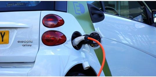 随着电动汽车充电基础设施的扩展,研究表明充电站容易受到黑客攻击