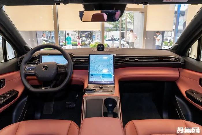 蔚來首款轎車ET7諜照與配置匯總,預測上市后價格僅在30萬元出頭