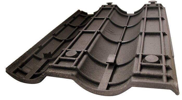 Harvey開發了一種由98%的廢料制成的高科技屋頂瓦