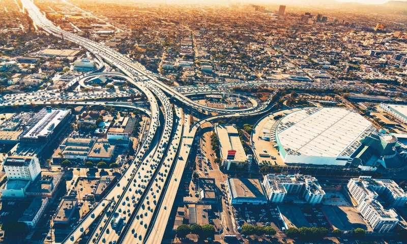 科学家使用人工智能来更准确地预测大规模交通模式