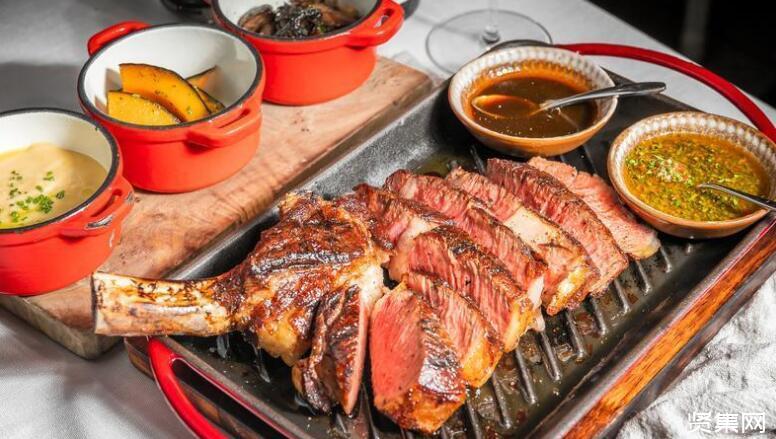 蒙古捐了三万只羊,湖北人会做成烤全羊还是羊肉汤