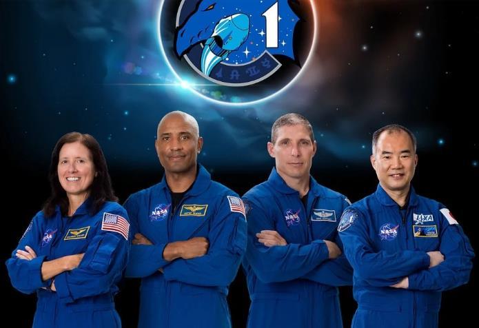 """SpaceX""""龍""""飛船發射升空 首個正式載人航天任務成功發射"""