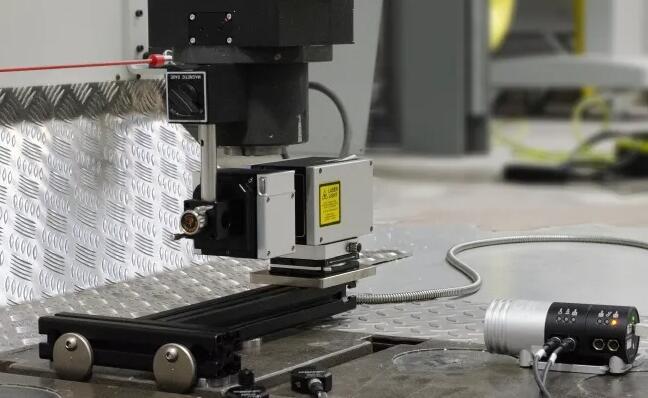 雷尼绍新版软件为XM-60多轴校准器提供了无限的测量范围