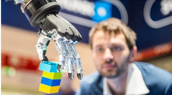 《【天富平台登录地址】深度学习将使机器人轻松掌握和移动对象》