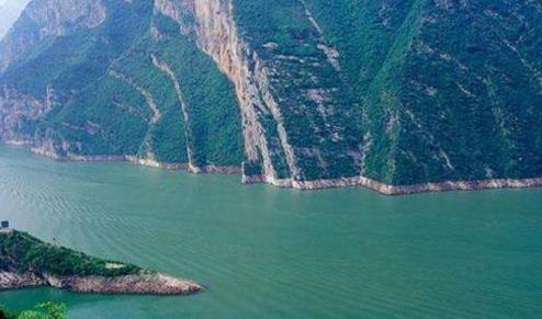 《【欧亿在线娱乐注册】长江保护法将出台配套法规 水生态保护修复任重道远》