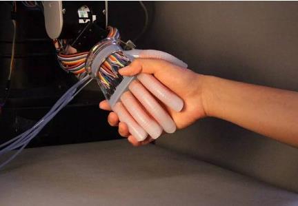 科学家开发可变形三倍的陶瓷压电材料 证实触觉装置的潜力