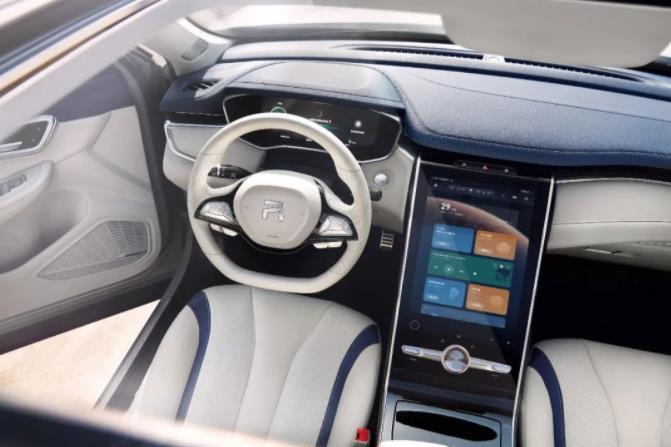 上汽全球首款5G智能电动SUV MARVEL R上市,开启5G时代智慧出行新篇章
