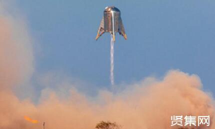 马斯克再创新历史,SpaceX星舰从万米高空飘落稳稳站住