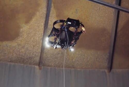 新型无人机Scout 137,可自动飞越障碍物,用于对储罐内壁检测