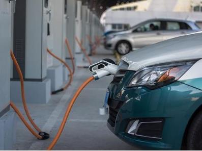 氢燃料电池汽车的市场停滞 企业呼吁政策落地