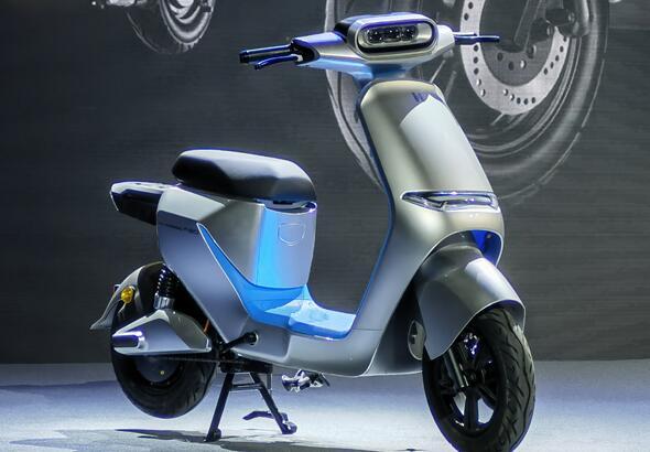 哈罗出行首次试水两轮电动车:推出VVSMART超连网车机系统及三款电动车新品