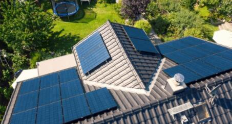 电池储能创新是未来太阳能发电的关键