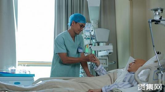 """医生质疑同行""""诱骗治疗""""背后:罕见癌症病人的治疗困境"""
