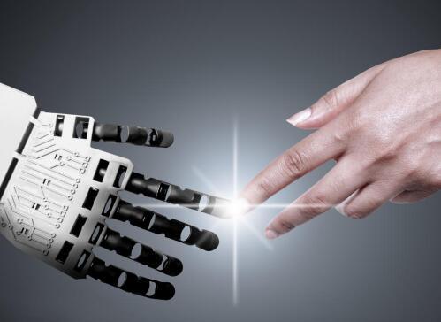 智能机器人具有何种技能才能使人类远离伤害环境